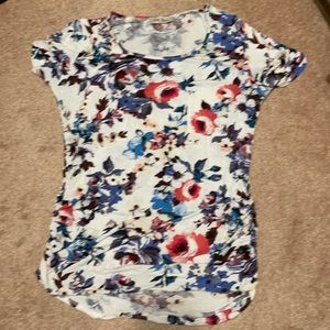Full moon maternity floral pocket tee size XL